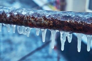 Comment protéger les tuyaux contre le gel ?